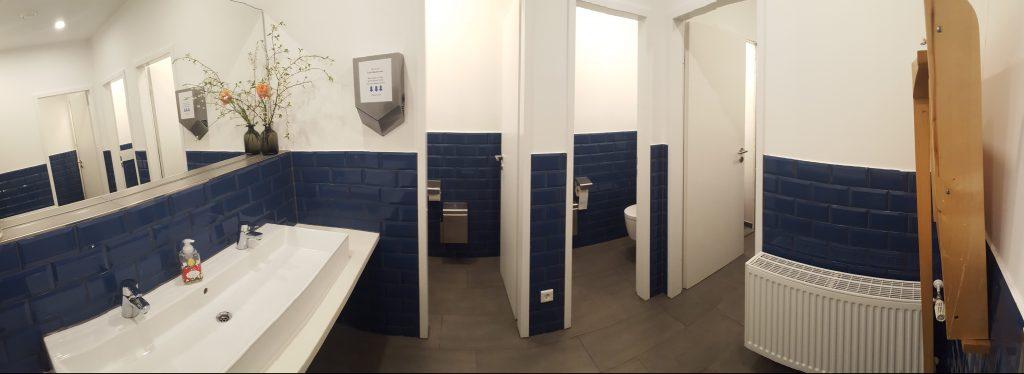 Neues Bad im Hofcafé Berlin