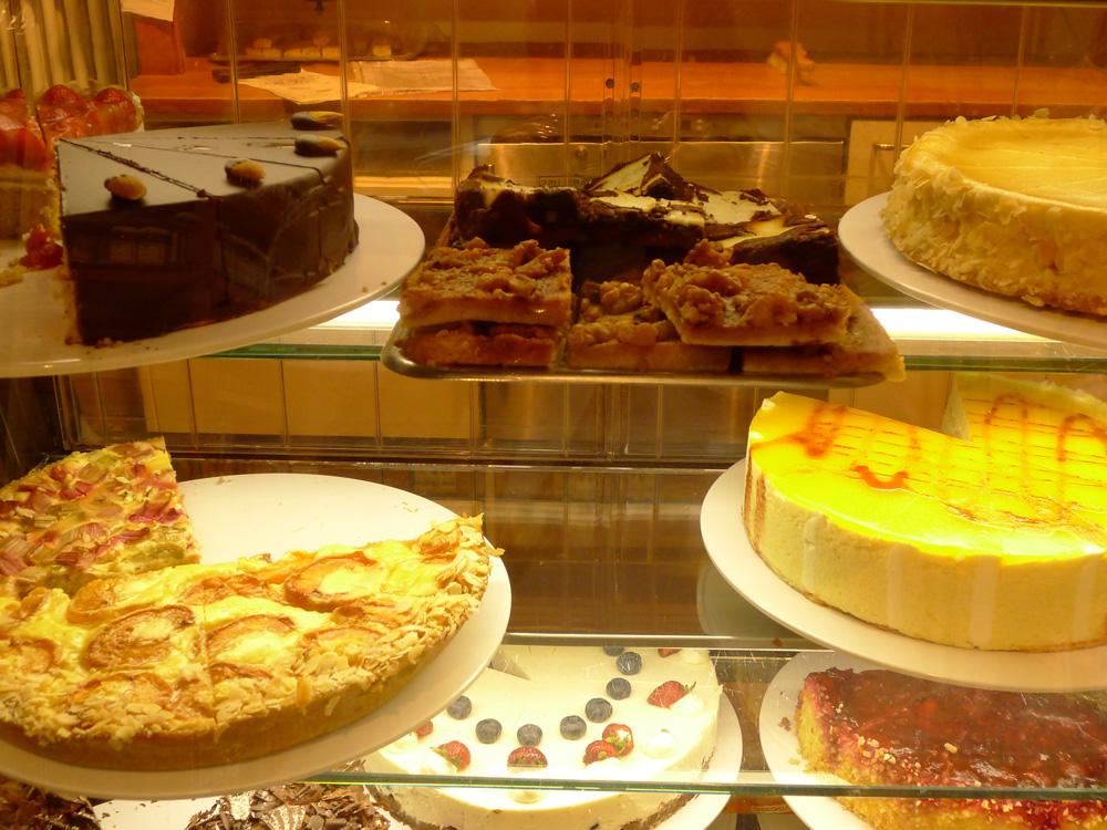 Feine Kuchen und Torten im Hofcafé